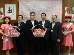 福岡市役所表敬訪問の様子