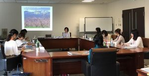 福島の観光についての講義の様子