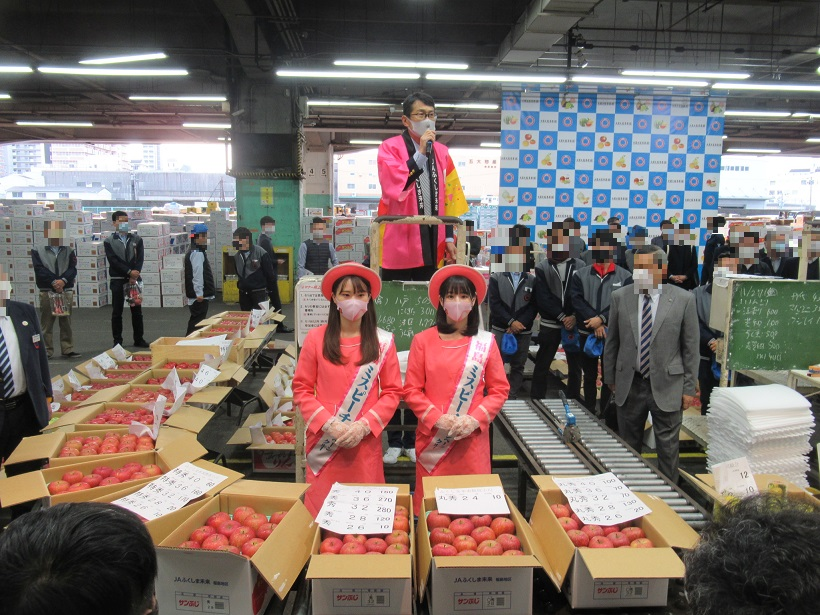 大阪市中央卸売市場でのPRの様子
